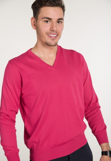 Sweter z dekoltem typu V...