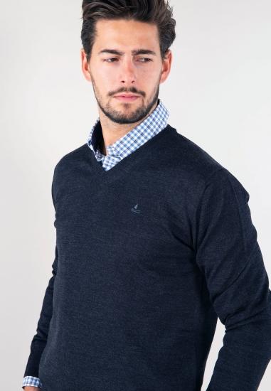 Sweter z mieszanki wełny...
