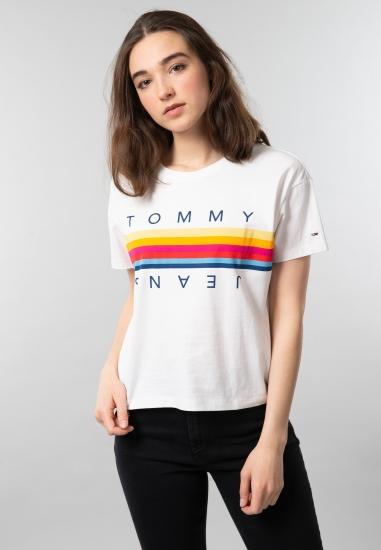 T-shirt damski o krótszym kroju z nadrukiem Tommy Jeans