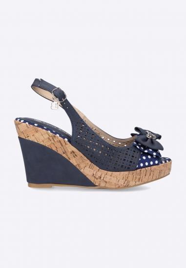 Sandały na koturnie Laura Biagiotti