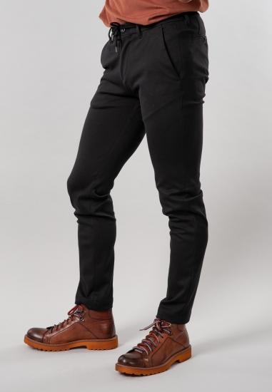 Dzianinowe spodnie męskie...